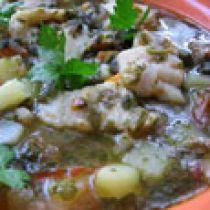 Суп с рыбой, щавелем и помидорами