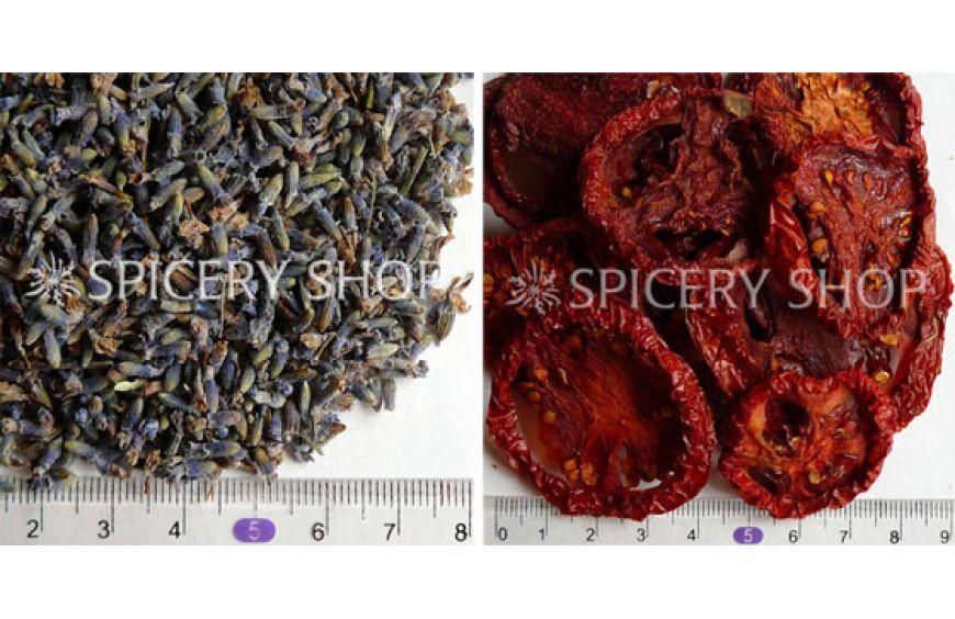 Лаванда цветы и томат сушеный резаный кольца